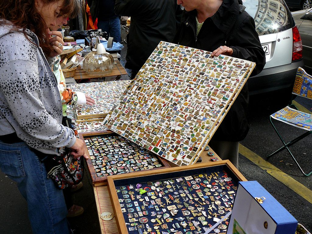 Pin collecting 101 - Philatelicly