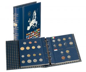 In 2000, Leuchtturm is the first company to launch a euro album onto the market and sells 500,000 albums in the first year.