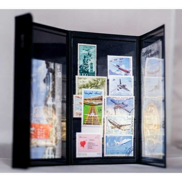 The pocket stamp album CITIES Amsterdam Airport is the first stamp album for collectors on the go - a limited edition, ultra-slim, ultra-light stockbook.